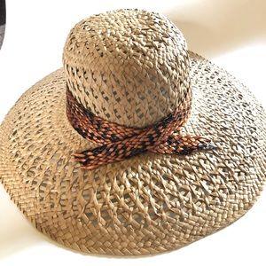 NEW tan wide brim straw woven faux snake hat